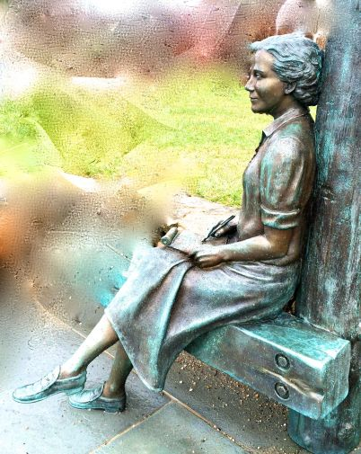 Statue of Rachel Carson at Woods Hole